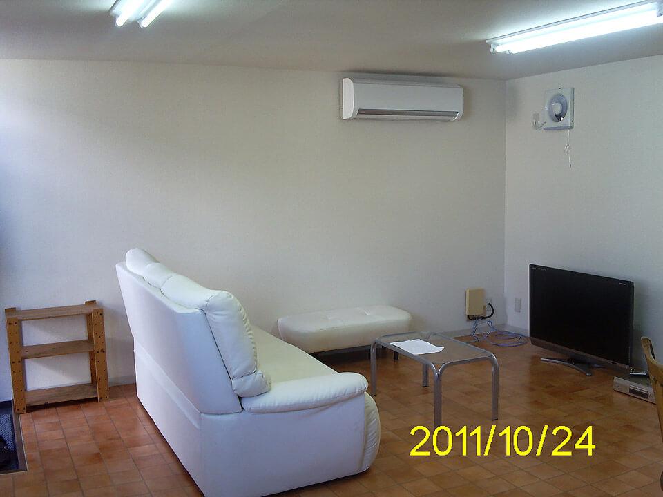 コンテナオフィス(2階建て) 2階ソファ