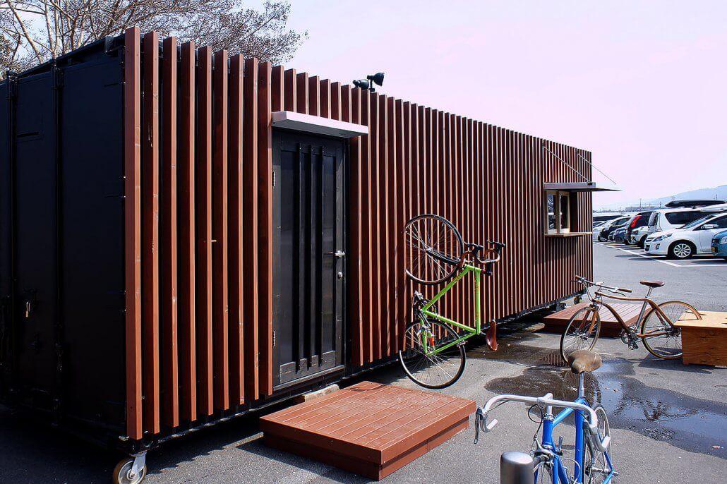 オシャレな店舗型コンテナハウスwith自転車2