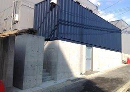 40フィートコンテナ倉庫の外観