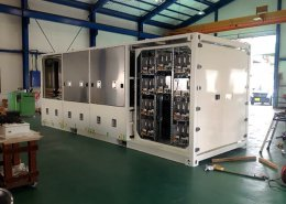 制御機器の保管庫兼フレームとしてのコンテナ利用