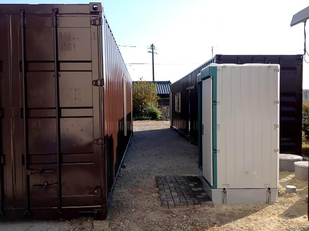 40フィートコンテナ2本を使ったコンテナオフィス(事務所)側面逆側