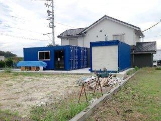 事務所型コンテナハウスとコンテナ倉庫