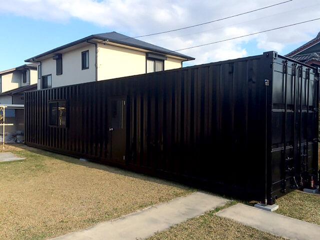 自宅敷地内に40フィートコンテナ倉庫を設置2