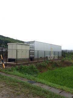 太陽光発電のパワーコンディショナー保管庫としてのコンテナ倉庫全体