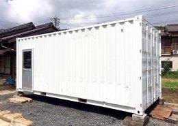 遮熱塗料で断熱をし、食料保管庫使用のコンテナ倉庫