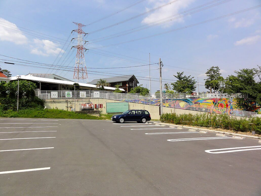 幼稚園の駐車場