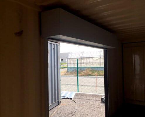 20フィートコンテナ倉庫 塗装黒:シャッター内側
