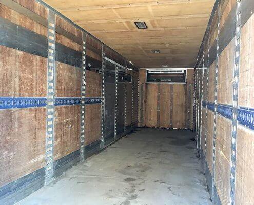 中古トラック箱D9700 内部の様子