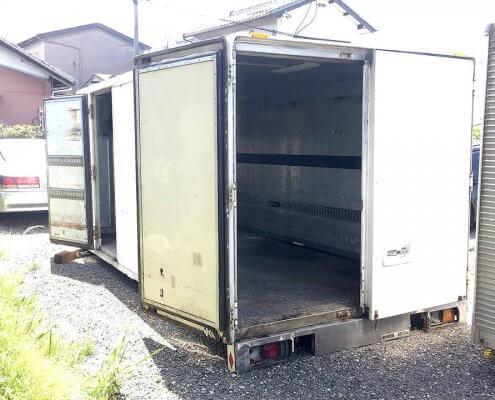 中古トラック箱D4500 扉オープン時