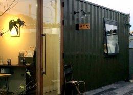 株式会社壁工望様(愛知県豊明市)店舗型コンテナハウス 前面ガラス戸