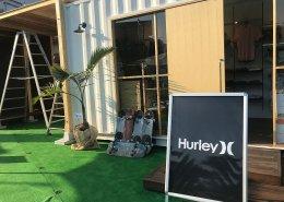 中古海上コンテナ20ft HCで製作したオシャレなアイテムが揃うサーフィンブランド Hurleyのショップ型コンテナハウス