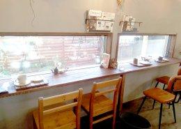 カフェ&植物販売の店舗型コンテナハウス 店内の様子2