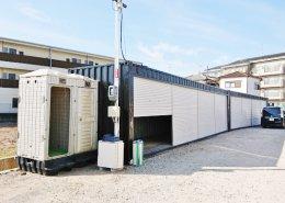 40フィートハイキューブコンテナ倉庫を2台設置(京都府久世郡) 横にトイレ
