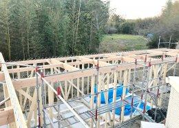 自宅敷地内に資材用の木造ハウス作成 施工中の様子1