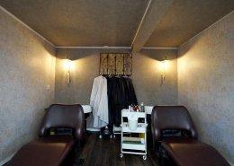 美容室コンテナハウスWHITE シャンプーエリア