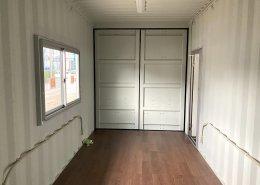 倉庫内に新品コンテナで事務所を設置 内観2