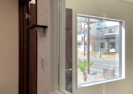 コンテナハウスでFM放送局スタジオを施工・設置(長野県塩尻市)ガラス張り