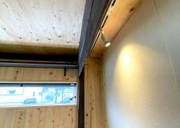 DIYで進化が止まらない、ずっと未完成の「プライベートスタジオコンテナ」(長野県上伊那郡) 内観7